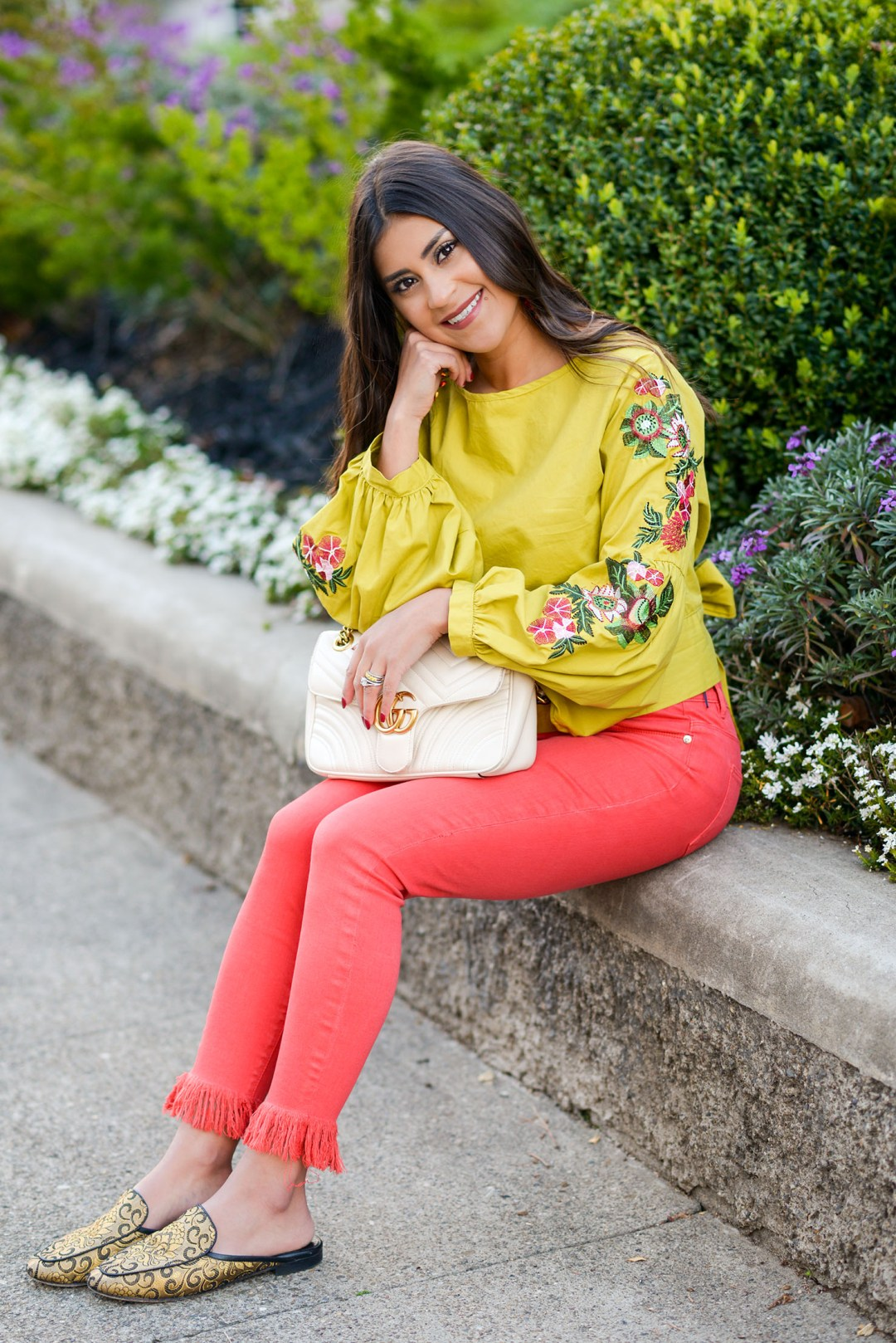 Lifestyle blogger Kelsey Kaplan of Kelsey Kaplan Fashion wearing chartreuse top and white gucci purse