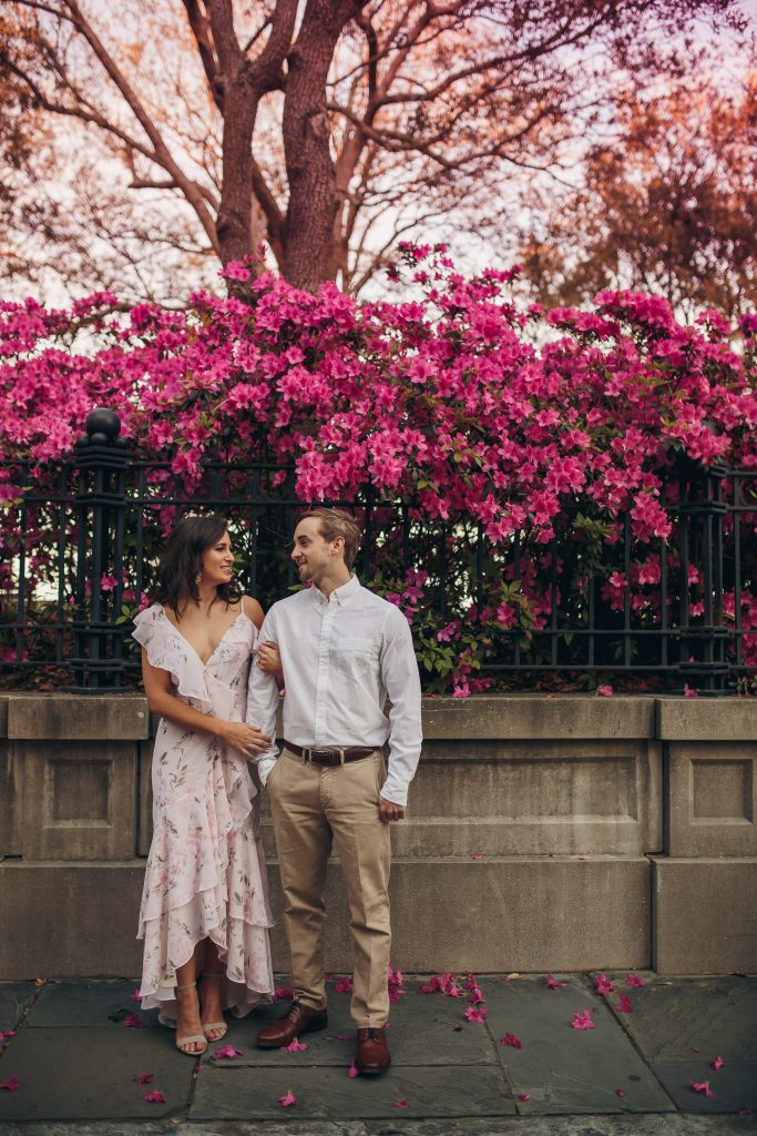 engagement photos, engagement photos outfit, engagement photos ideas, engagement photos outfits spring, charleston sc, engagement photos poses, engagement photos summer, charleston south carolina, charleston wedding, charleston style, charleston rainbow row