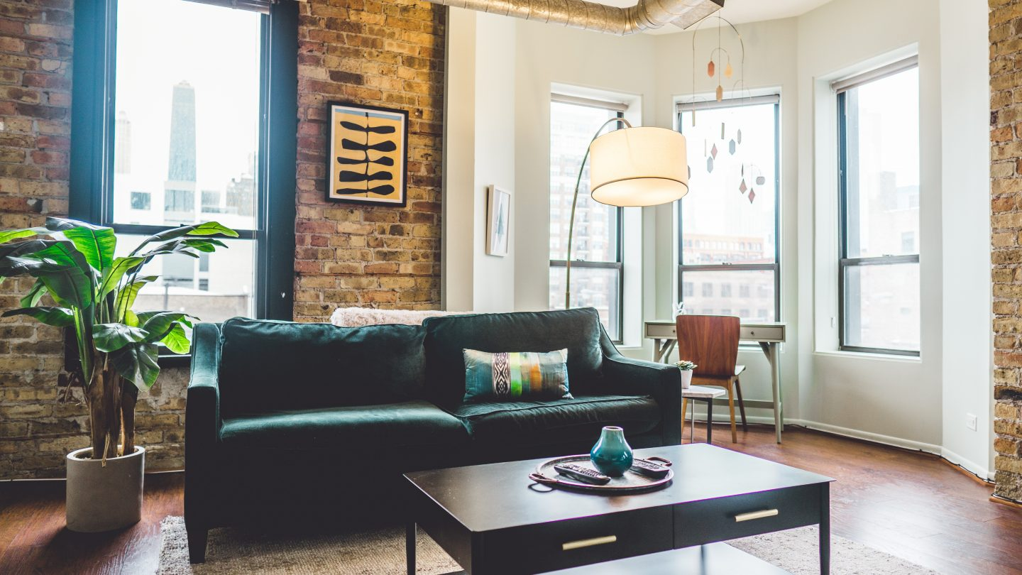 Tips & Tricks to Renting an Apartment in Chicago