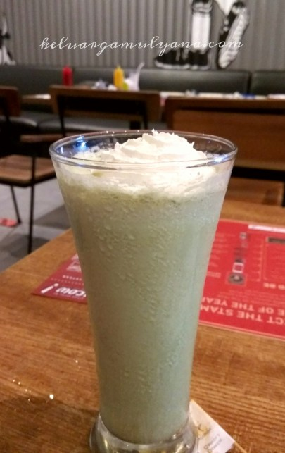 Steak hotel by Holycow greentea milkshake