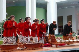 Penabuh gamelan Jawa