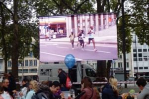 Televisi LED televisi LCD