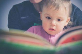 baca buku keluarga syahid
