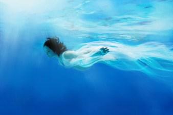 Maternity Underwater Sensual Photography / Boudoir / Artistic Nude by Kelvin Lim