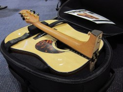 Fold-able Guitars from VoyageAirGuitar