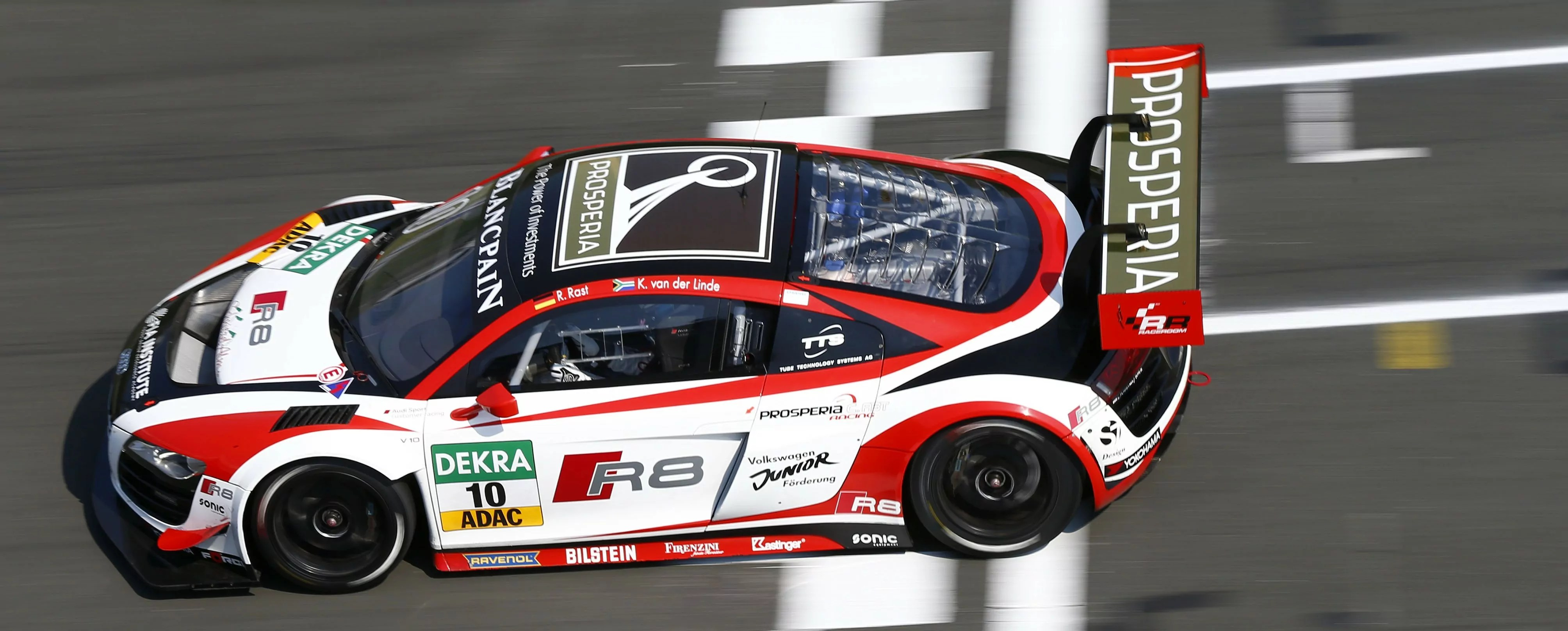 Audi gets 2014 campaign underway with double pole