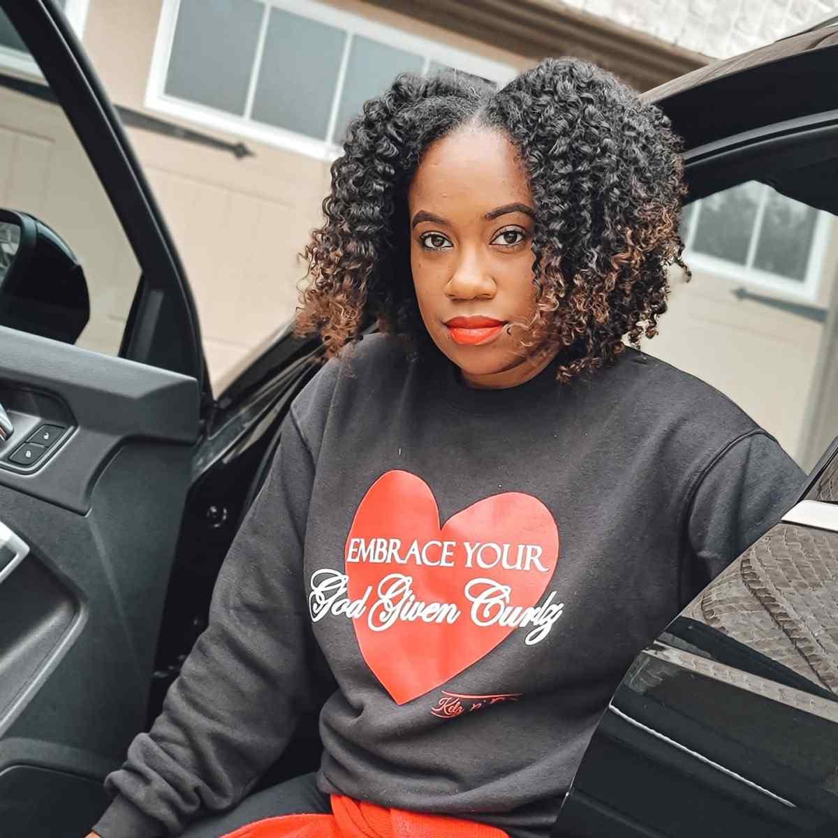 Embrace Your God Given Curlz Crewneck Sweatshirt (Black)
