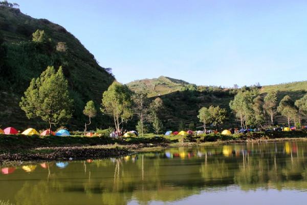 Camping Di Telaga Cebong