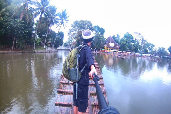 Backpacker Ke Garut