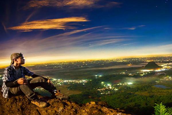 Gunung_Munara.jpg