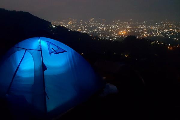 Rocks_hill_camp_Megamendung