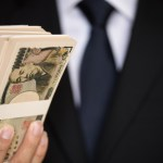 【30歳で貯金1000万が貯まる年収はいくら?】意外と低いです