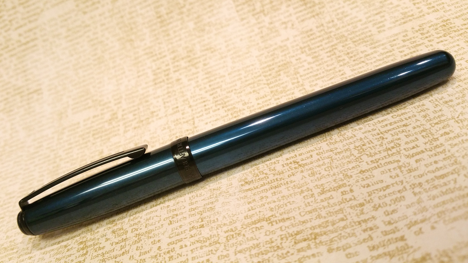 Sheaffer Prelude 380 Fountain Pen in metallic blue