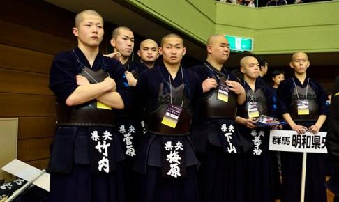 明和県央高校の選手たち
