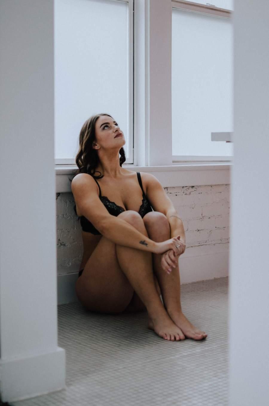 seattle-ace-hotel, ace-hotel, ace-hotel-boudoir, seattle-boudoir-photographer, seattle-boudoir, boudoir-photos, female-empowerment,