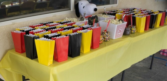 Peanuts First Birthday Party Popcorn Bar