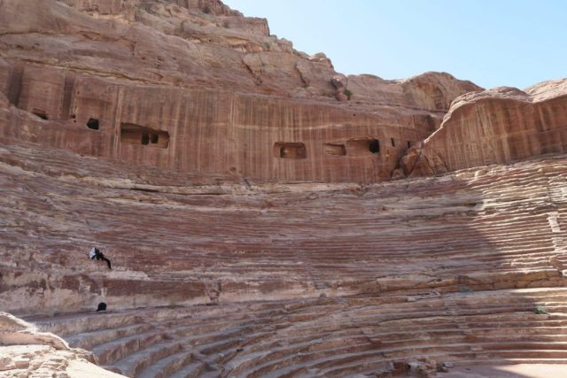 petra-amphitheatre