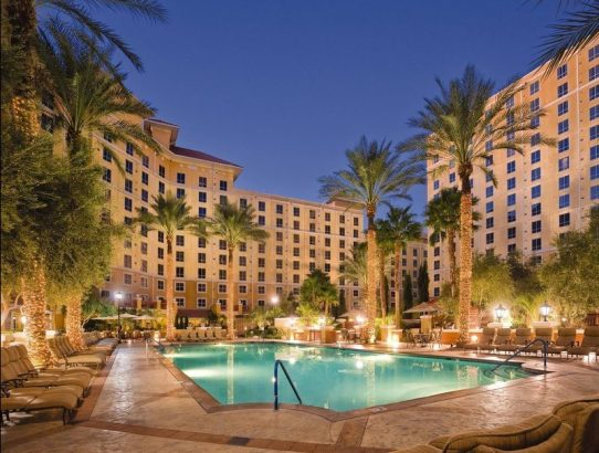 Wyndham Hotel - Stay Twice and Earn 15,000 Points Promotion
