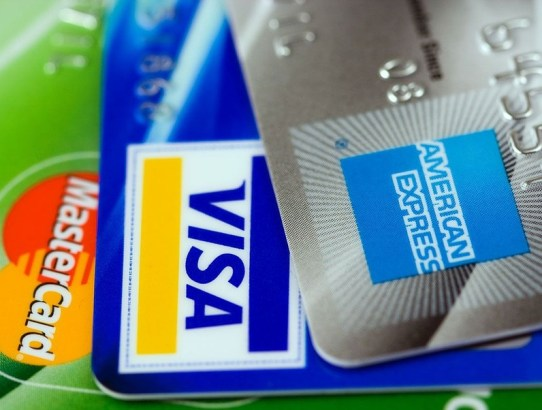 7 Credit Cards With No Annual Fee To Get Before The End Of 2018