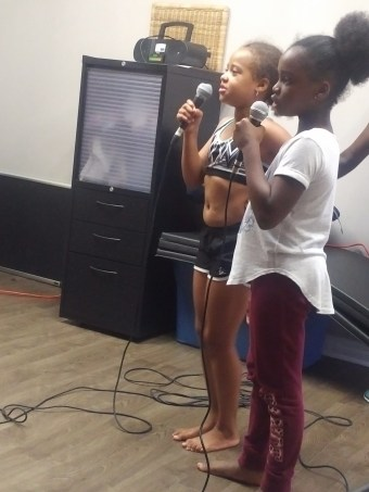 Students singing Karaoke at Summer Music Camp 2016