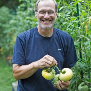 New (Old) Tomatoes with Craig LeHoullier