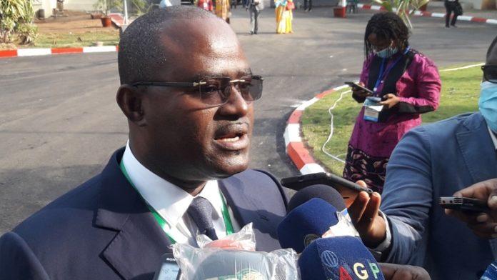 Interclubs de la CAF : Kerfalla Camara apporte son soutien aux clubs guinéens…