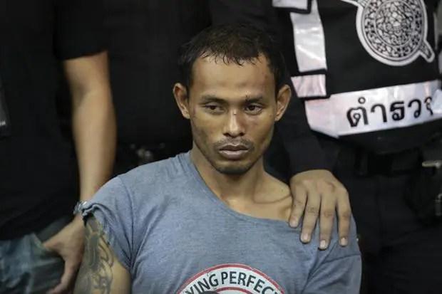 Tài xế phê ma túy đâm nát hơn 30 xe hơi ở Bangkok - Ảnh 1.