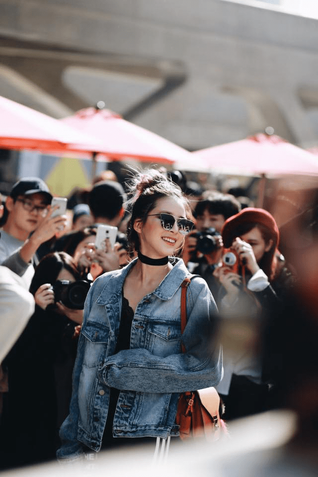 Min mặc quần một mất một còn, Hoàng Ku bỏ hàng hiệu chọn hàng Việt tại Seoul Fashion Week ngày 3 - Ảnh 6.