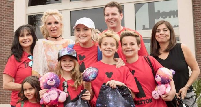 Britney Spears làm những gì mà tiêu hết 250 tỷ đồng chỉ trong 1 năm? - Ảnh 14.