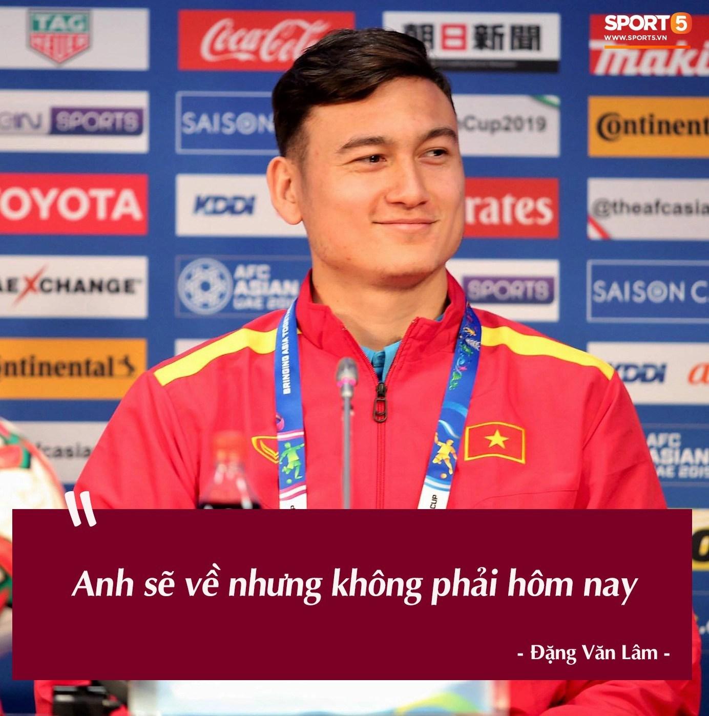 Trước vòng đấu loại trực tiếp Asian Cup 2019, Đặng Văn Lâm tuyên bố: Anh sẽ về nước, nhưng không phải hôm nay - Ảnh 8.
