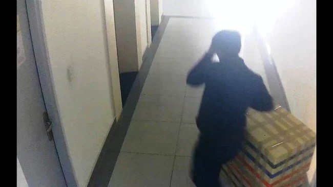 Lời khai rợn người của nghi phạm sát hại nữ sinh lớp 9, giấu xác trong thùng xốp ở chung cư Hà Đô - Ảnh 3.