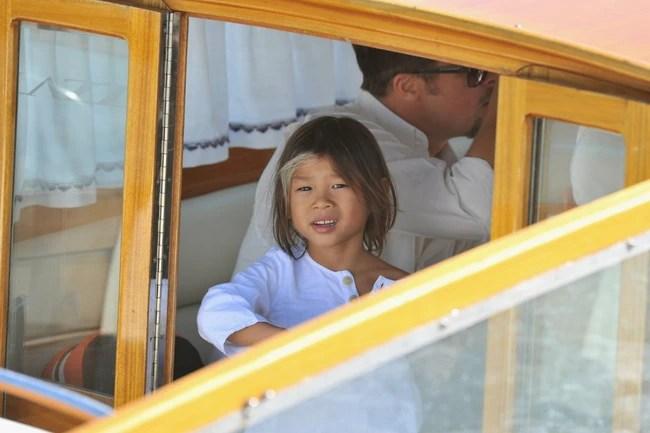 Pax Thiên Jolie-Pitt - Hành trình từ em bé suy dinh dưỡng đến cậu thiếu niên chững chạc - Ảnh 10.