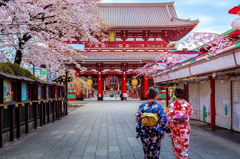 Tháng 4 nên du lịch ở đâu? Phượt 20 nơi đẹp không thể bỏ qua trong tháng 4