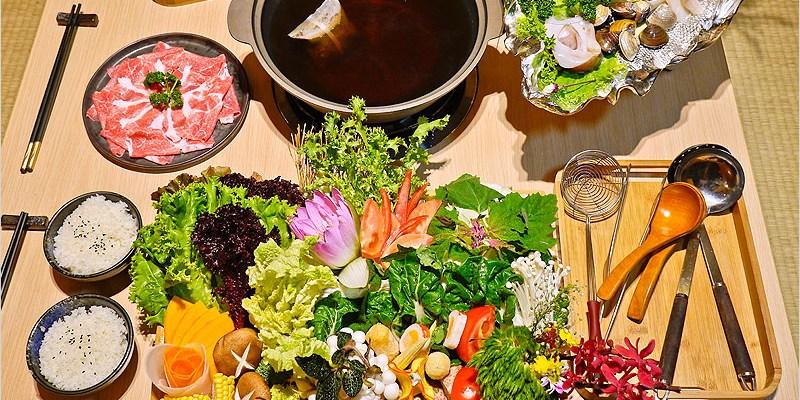 台中北屯區日式鍋物   Fatty's創意料理(崇德店)。超豐盛頂級活鰻人蔘養生鍋,屏東黑鰻肉質有夠Q彈,食材很新鮮、整套火鍋太澎派,吃到讓你不要不要的。