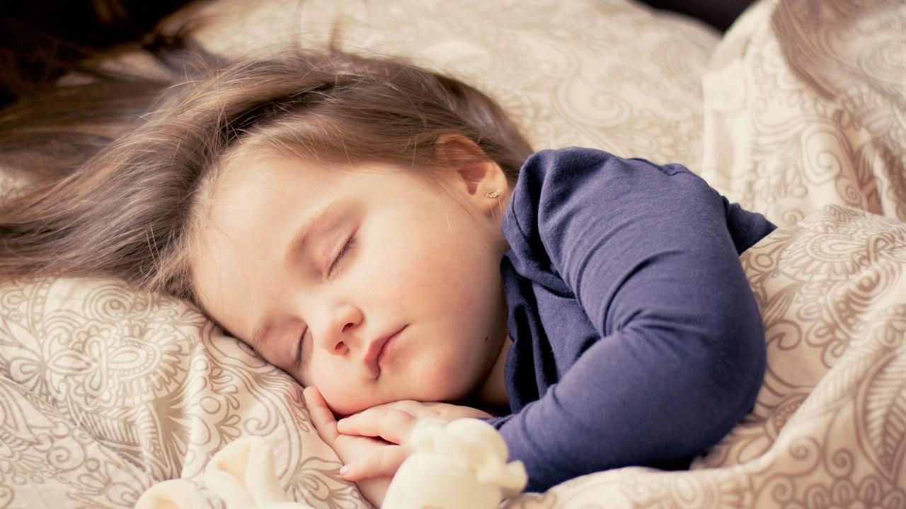 よく寝る子ども