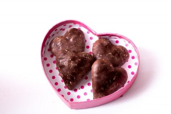 チョコには凄い健康効果も!?手作りケーキでバレンタインを