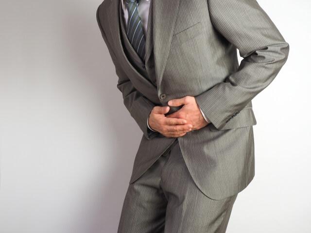 急性膵炎の症状は腹部や背中から?急性膵炎の見分け方とは