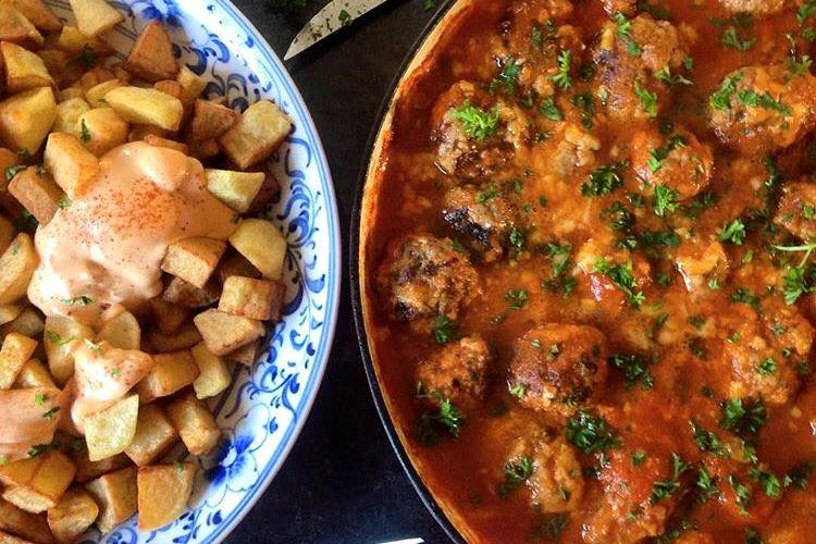 Spanish Meatballs and my last postcard from Portugal