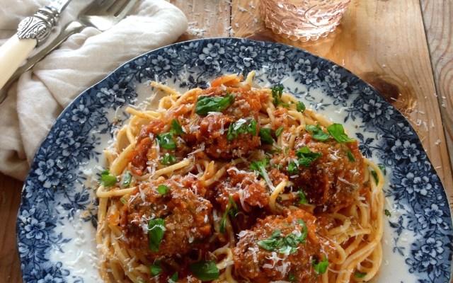 Spaghetti with Tomato, Basil and Parmesan Meatballs