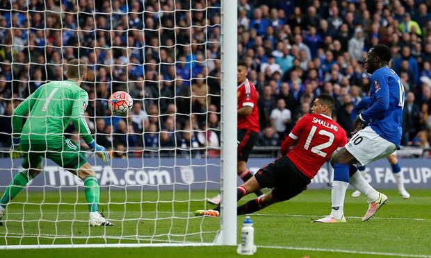 Smalling own goal form Reds' only hope
