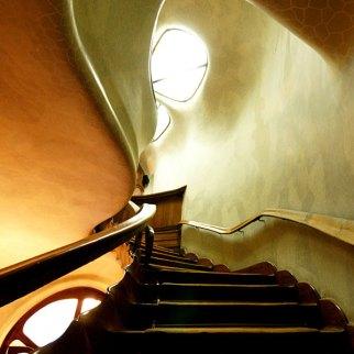 Casa Batllo staircase and ceiling