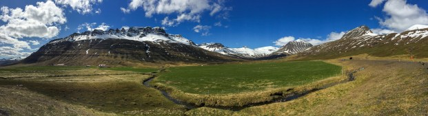 Landskap nära Fáskrúðsfjörður.