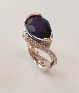 Swirl Diamond Ring with a Pear-shaped Amethyst