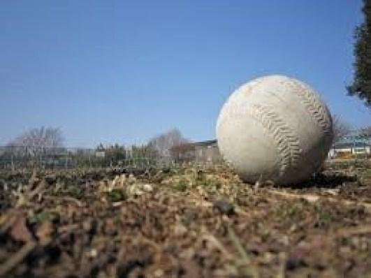 ソフトボール投げのコツや記録を伸ばす方法は?練習のメニューや鍛え方も!