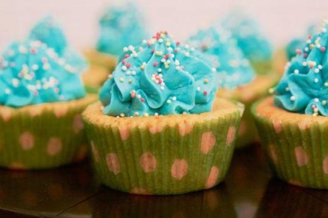 青色食べ物 カップケーキ