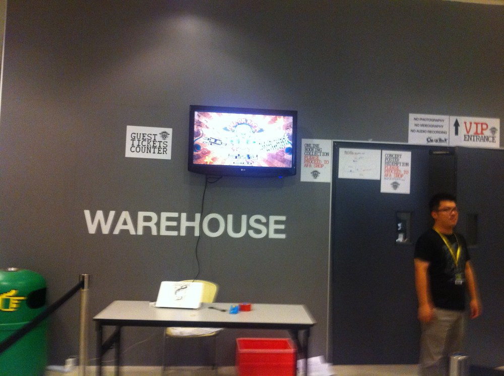 LIVE REPORT: ONE OK ROCK Start Walking the World Tour Live in Singapore (June 30, 2012) (1/6)