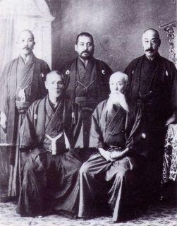 Teikoku kendo no kata organisers: Naito in the middle