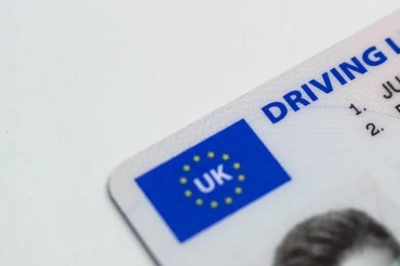 Thumbnail-uk-driving-licence