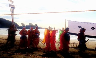 23. Yabusame Zushi beach procession color