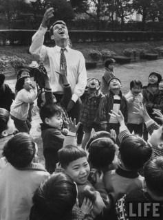 Robert Kennedy in Japan school children